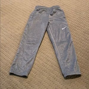 Like new Nike Therma-Fit Pants